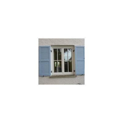 PaX Holz-Alu-Fenster in Weiß aus Eukalyptus mit Sprossen und Energiesparverglasung